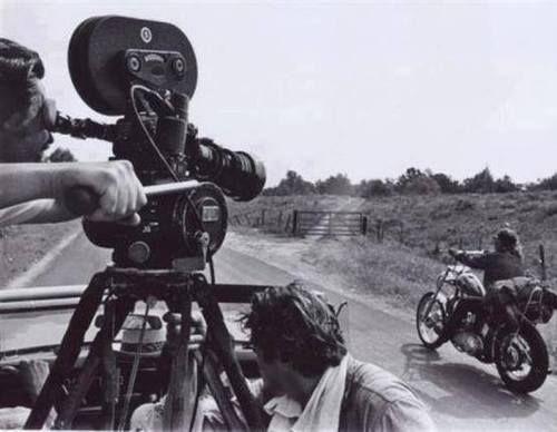 Se solicitan motociclistas para película
