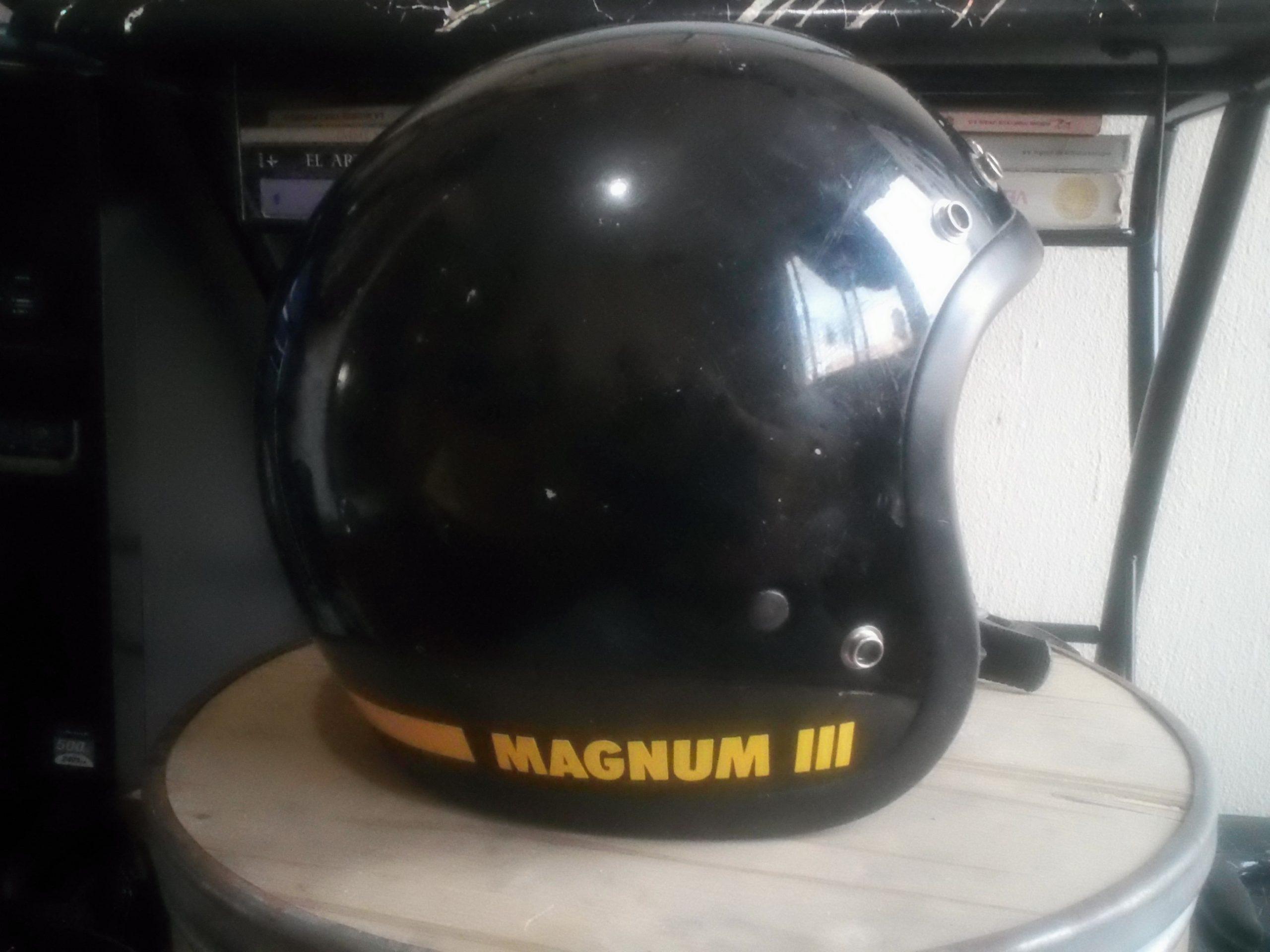 1975 VINTAGE BELL MAGNUM III HELMET Size 7 5/8 61cm