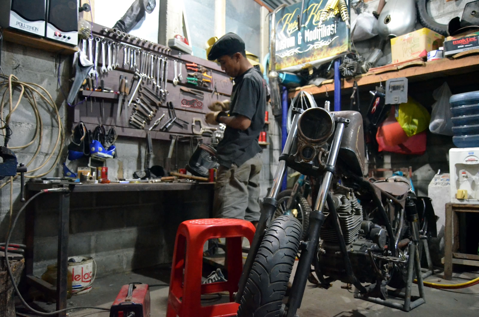 Motorcycle-Builder-K-Kustom-Indonesia-Garage